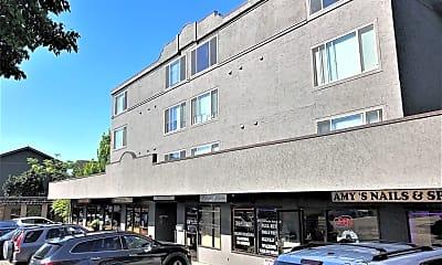 Building, 5631 California Ave SW, 1