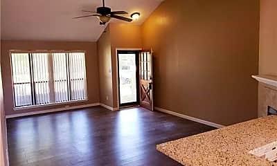 Living Room, 2305 Jamie Dr, 1