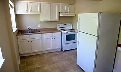 Kitchen, 512 S Delaware St 5, 1