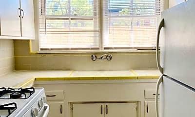 Kitchen, 12261 Chandler Blvd, 0