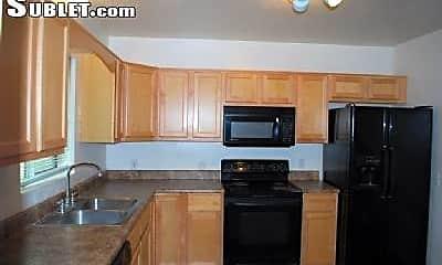 Kitchen, 2601 E Waverly St, 0
