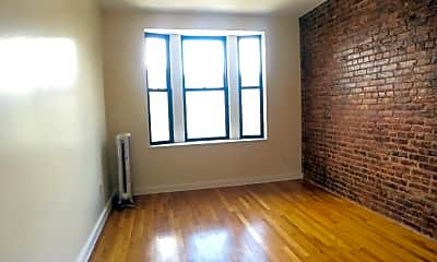 Bedroom, 570 W 182nd St 5-D, 1