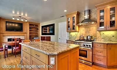 Kitchen, 587 Woodstock Way, 1