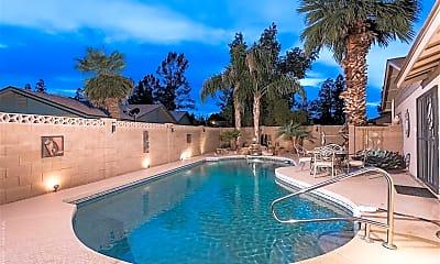 Pool, 938 N 85th St, 1