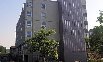 McDermott Place, 2