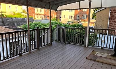 Patio / Deck, 82-83 160th St, 1