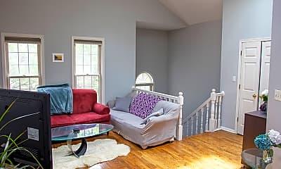 Bedroom, 1042 N Wood St 3, 1