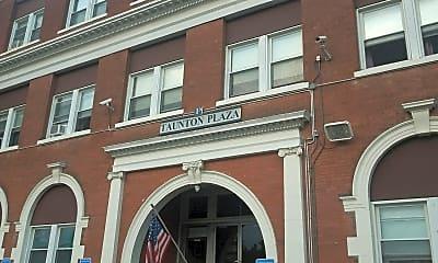 Taunton Plaza Apartments, 1