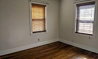 Bedroom, 124 Selden St, 2