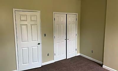Bedroom, 3723 E Lombard St, 1