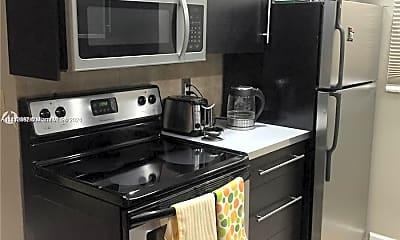 Kitchen, 421 NE 1st St 212, 2