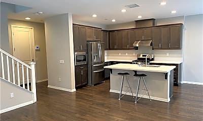 Kitchen, 3238 Edgewood Rd, 1