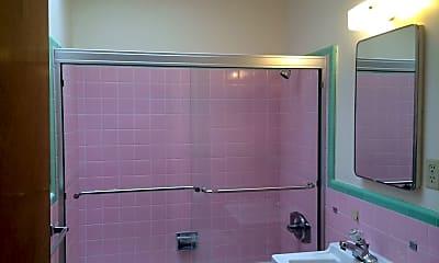 Bathroom, 455 7th Ave, 2