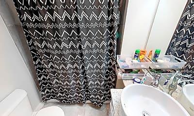 Bathroom, 9 Arlington Street, Unit 2, 2