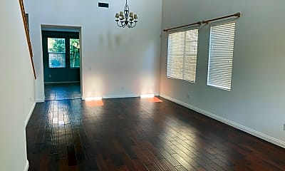 Living Room, 2526 Parade Ave, 1