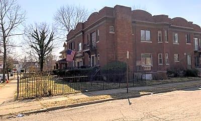 Building, 912 Cumberland Ave, 1