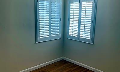 Bedroom, 700 Kingsley  Ave, 2