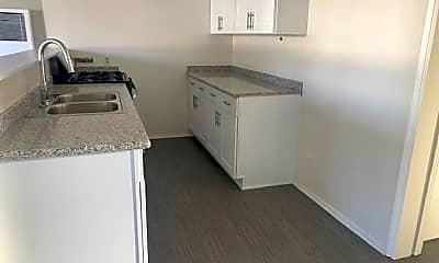 Kitchen, 7453 Howery St, 0