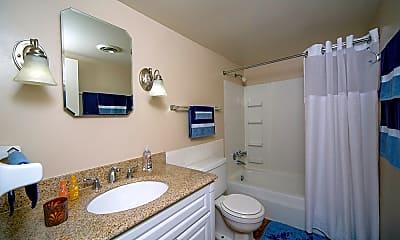 Bathroom, Eco Square Apartments of Evansville, 1