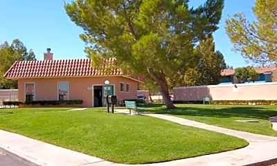 Torrey Pines Apartments, 1