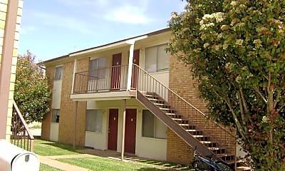 Building, 402 1st St, 0