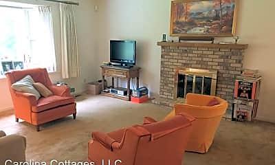 Living Room, 150 Surry Ln, 1