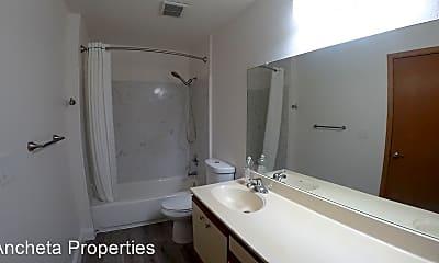Bathroom, 14822 E 14th St, 2
