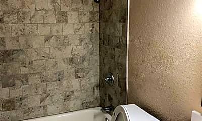 Bathroom, 2008 Cypress Pl, 2