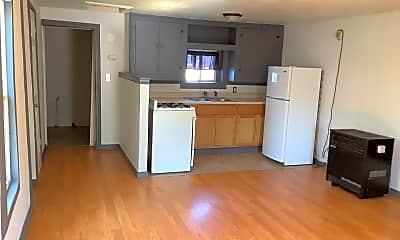 Kitchen, 2212 Oak Ave, 1
