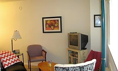 Living Room, Angus Road / N. Berkshire Road Apartments, 2
