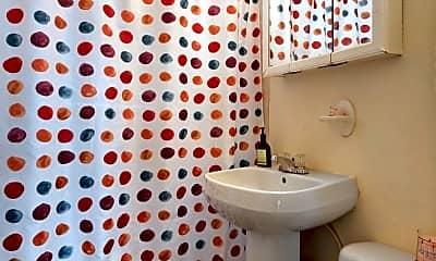 Bathroom, 3205 Helms St, 2