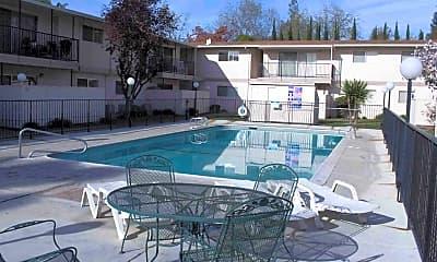 Fulton Oaks Apartments I & II, 1