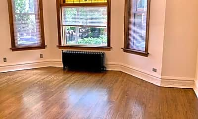 Living Room, 2920 N Burling St, 1