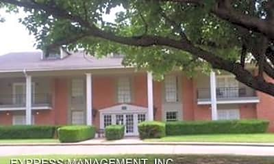Building, 2406 Country Club Rd, 0