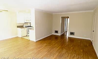 Living Room, 3671 Jasmine Ave, 1