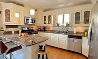 Kitchen, 5 Clinton St, 2