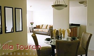 Villa Touran Apartments, 1