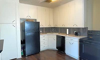 Kitchen, 1501 N Texas Ave, 0