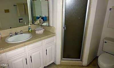 Bathroom, 7226 E Maverick Rd, 2