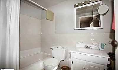 Bathroom, 268 Degraw St, 1