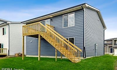 Building, 1420 NE Cedarwood Dr, 2