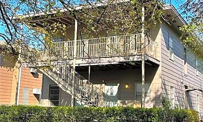 Building, 202 S Willomet Ave 1, 0