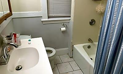 Bathroom, 209 Chestnut Hill Ave, 2