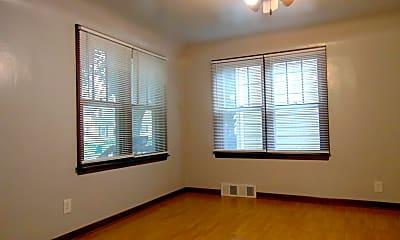 Bedroom, 1212 S Maple Ave, 1