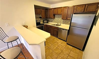 Kitchen, 1 Valley Rd 101, 0