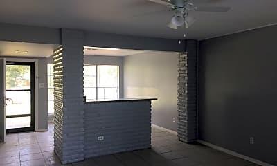 Building, 116 Oak St, 1
