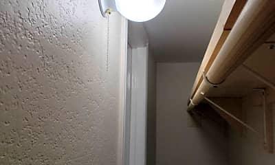 Bathroom, 9809 Walnut St, 2