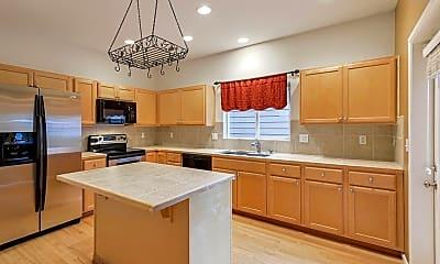 Kitchen, 16153 Parkside Way SE, 1