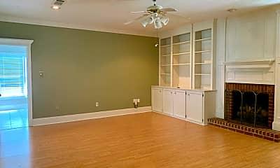 Living Room, 138 E Hill Dr, 1