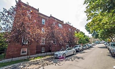 2721 N Sawyer Ave 1, 0